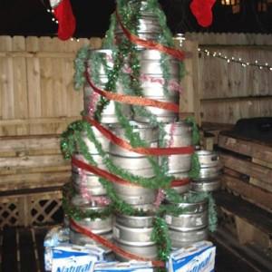 ghetto-christmas-tree-keg