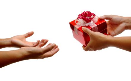 gifting-etiquette