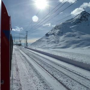 glacier-express-107340_640