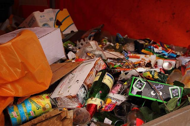 garbage-279776_640