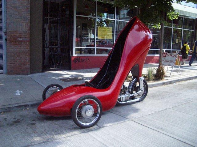 ladys-shoe-car