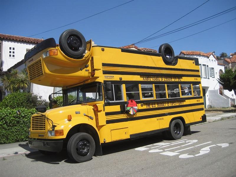 weird-cars-upsidedown-bus