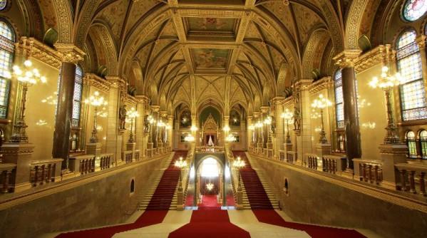 Grand Stairway – Díszlépcsőház