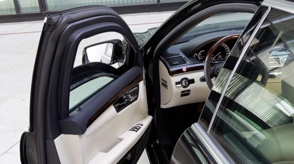 Mercedes-Benz-Guard-guardian-839267_1554593_4896_3264_11C454_012