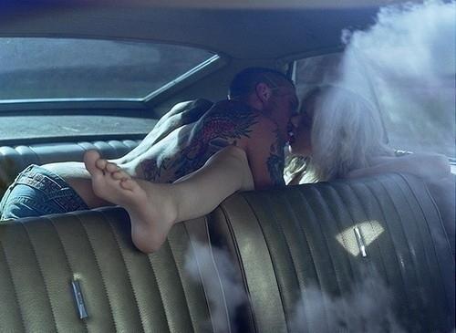 backseat-car-couple-kiss-kissing-sex-favim-com-59153_large