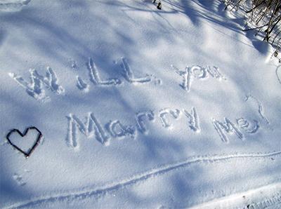 proposal-written-in-snow