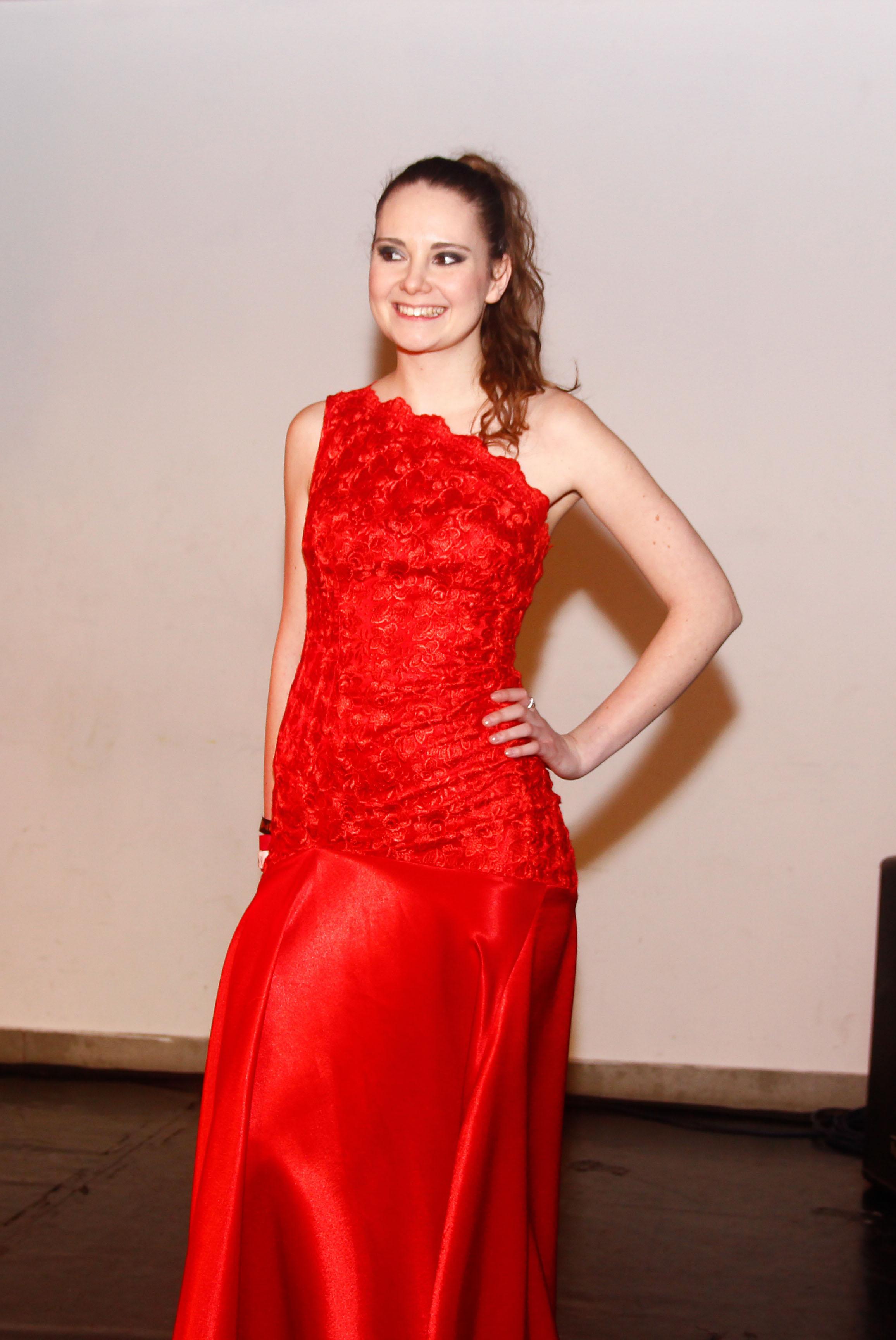 vörös 3