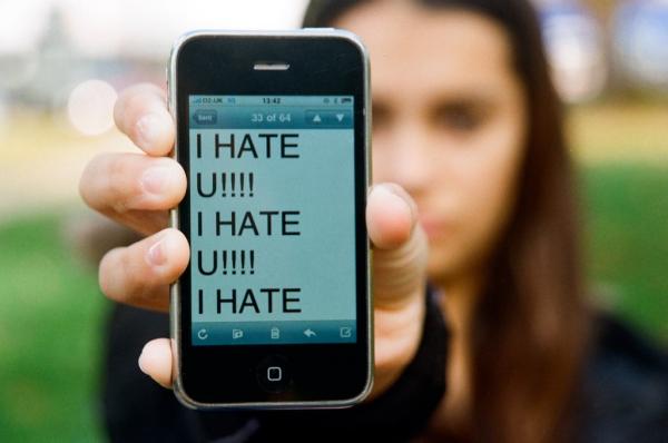cyberbullying1-resized-600