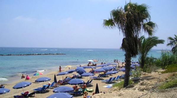 pafosz-strand-vrysoudia-beach