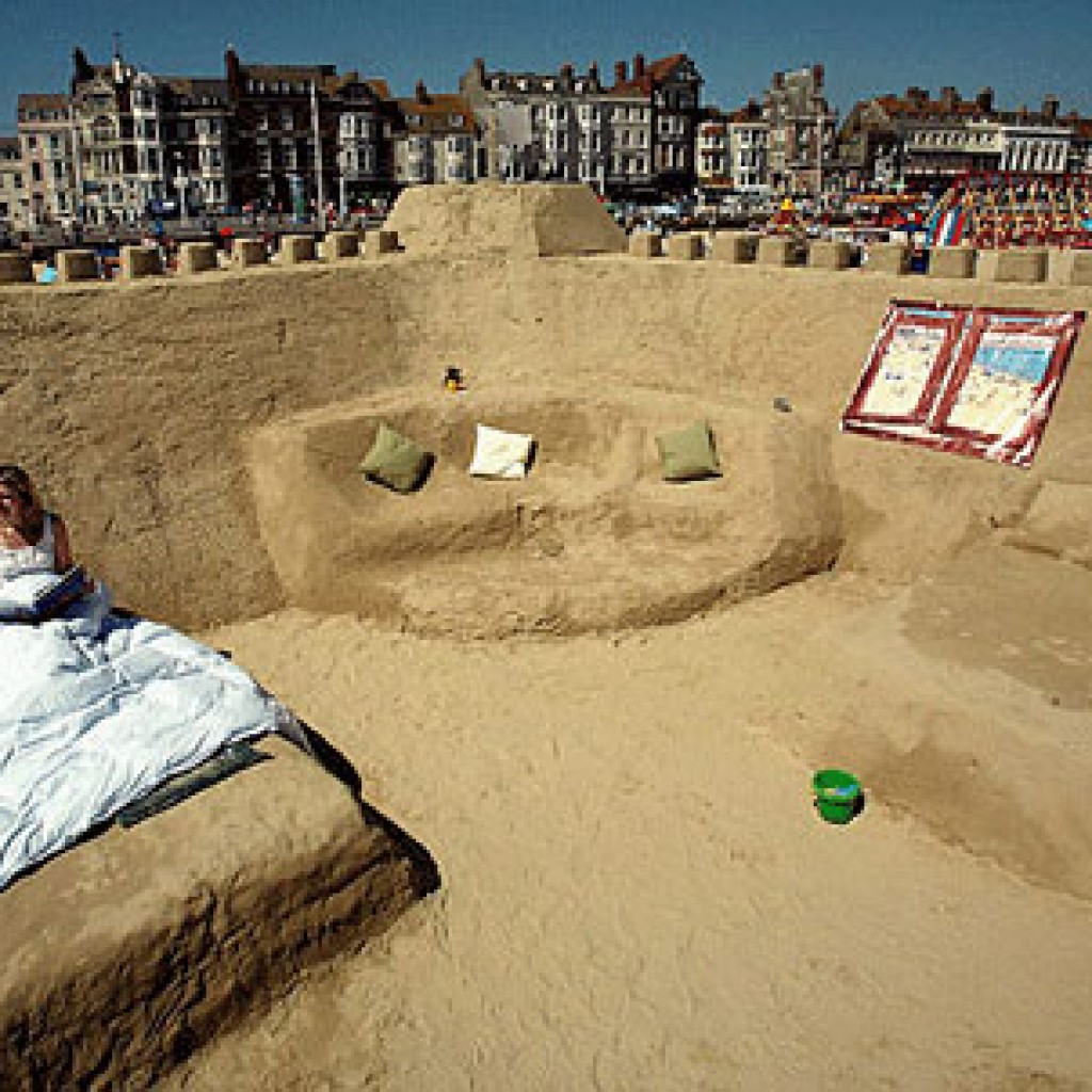sand_hotel
