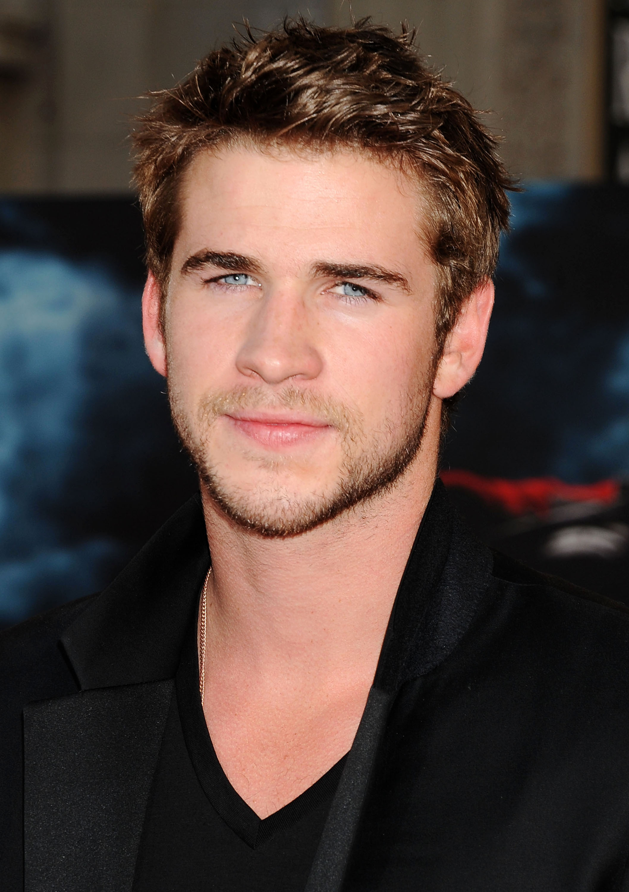Ki Liam hemsworth most 2014-ben?
