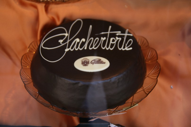 Sachertorte-Viena_Capellanes