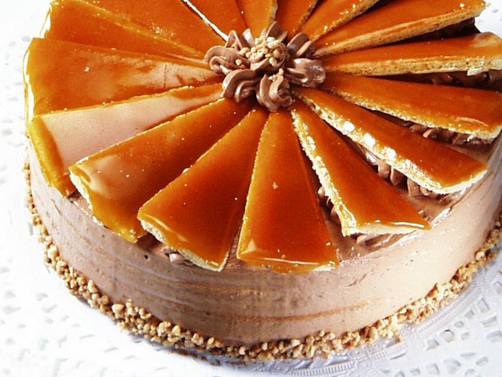 dobos-torta-8e530a94a99db0960ff0e5246cfadcef_blowup_vegeta