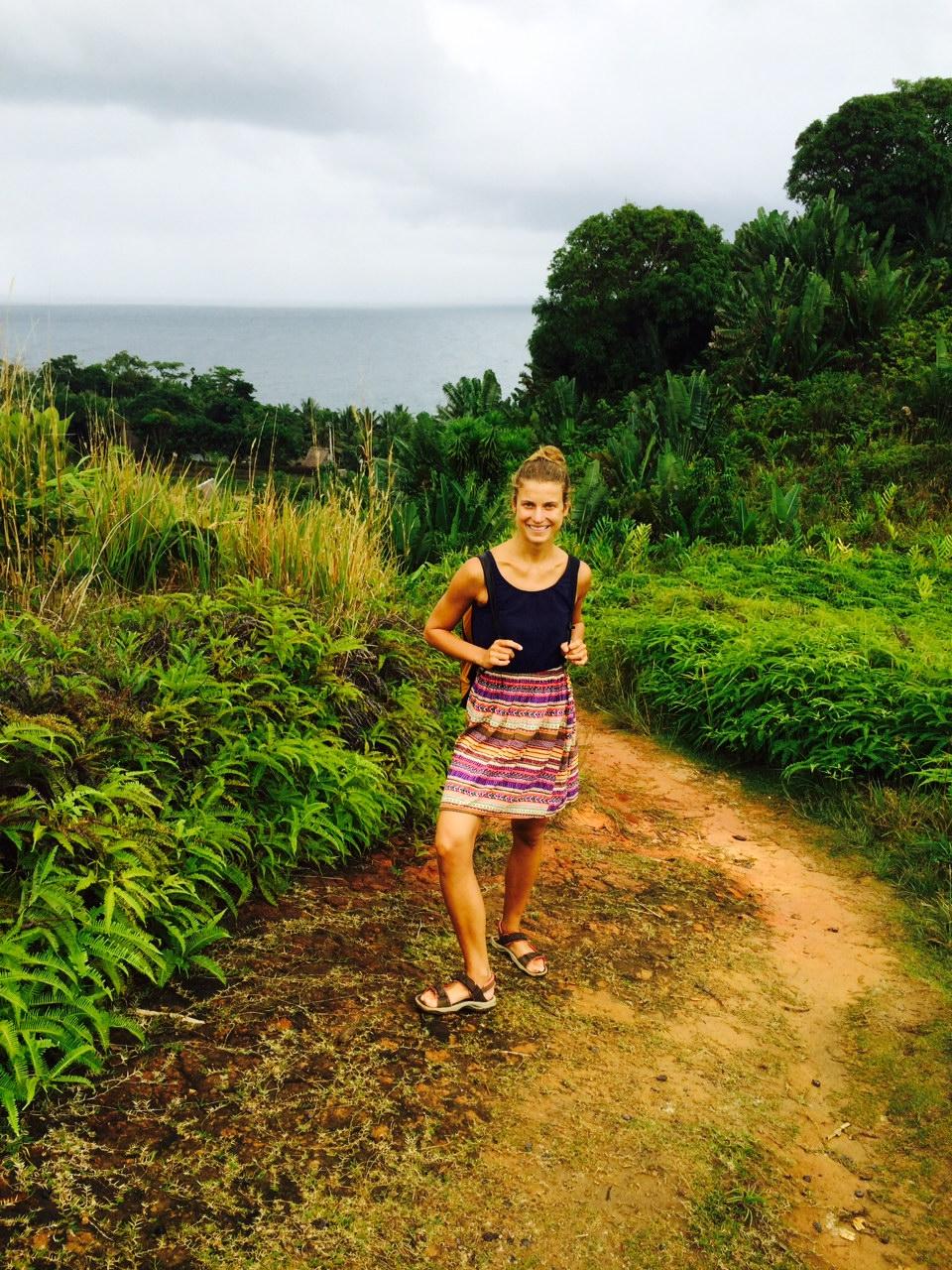 Szabó Nóra a Sainte-Marie szigeten, ahol a régi időkben kalózok éltek: a Madagaszkár partjaitól nyolc kilométerre található sziget azóta is népszerű az európaiak körében (Fotó: Szabó Nóra)