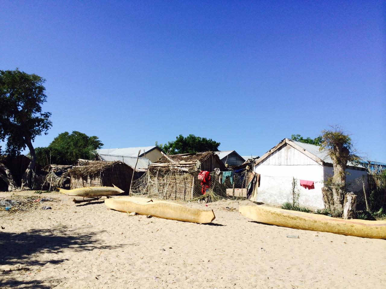 Ifaty: Madgaszkáron a halászat is fontos jövedelemforrás a part menti településeken: a madagaszkári polipok például olyan népszerűek, hogy a kis Indiai-óceán melletti falvakból Európa szupermarketeinek és éttermeinek polcaira is szállítanak belőle (Fotó: Szabó Nóra)