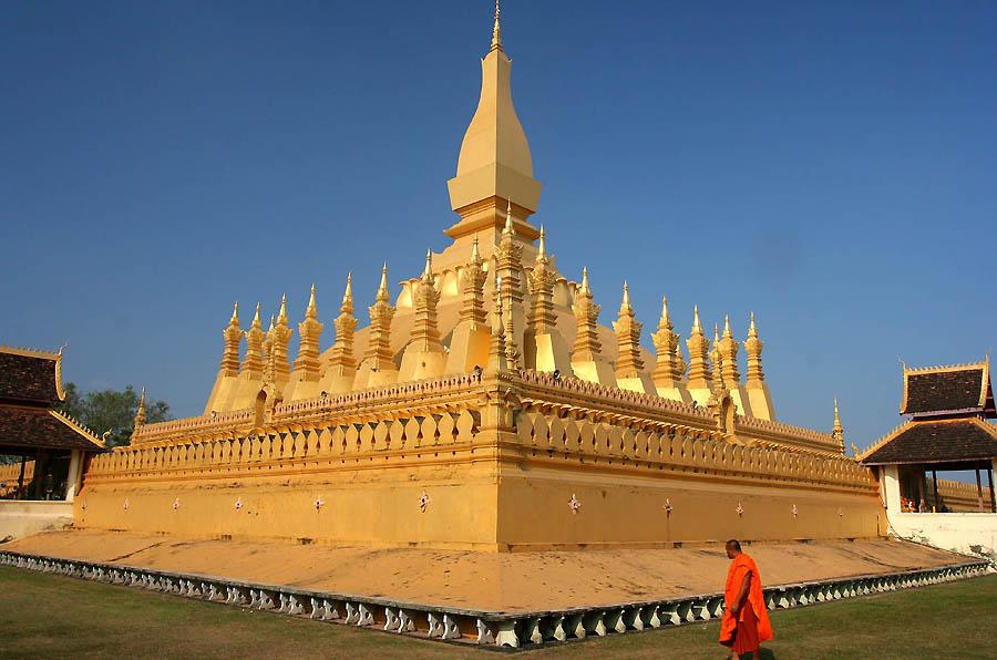 Pha_That_Luang_Vientiane_Laos