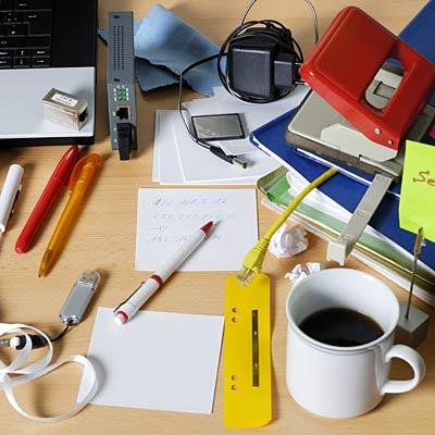messy-desk-400x400