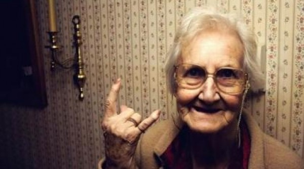 rocking_grandma