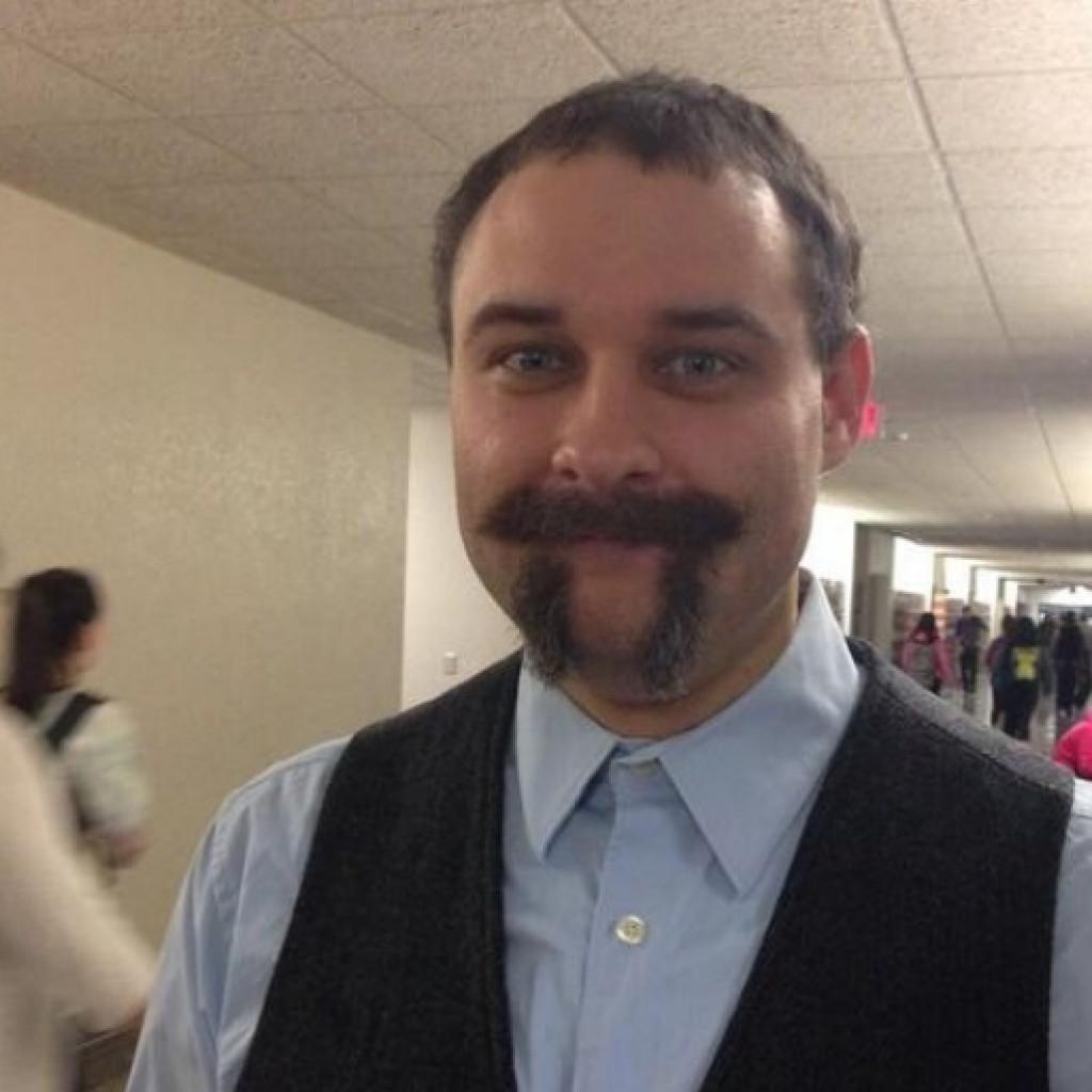 A matektanár, aki megünnepelte a Pi napot.