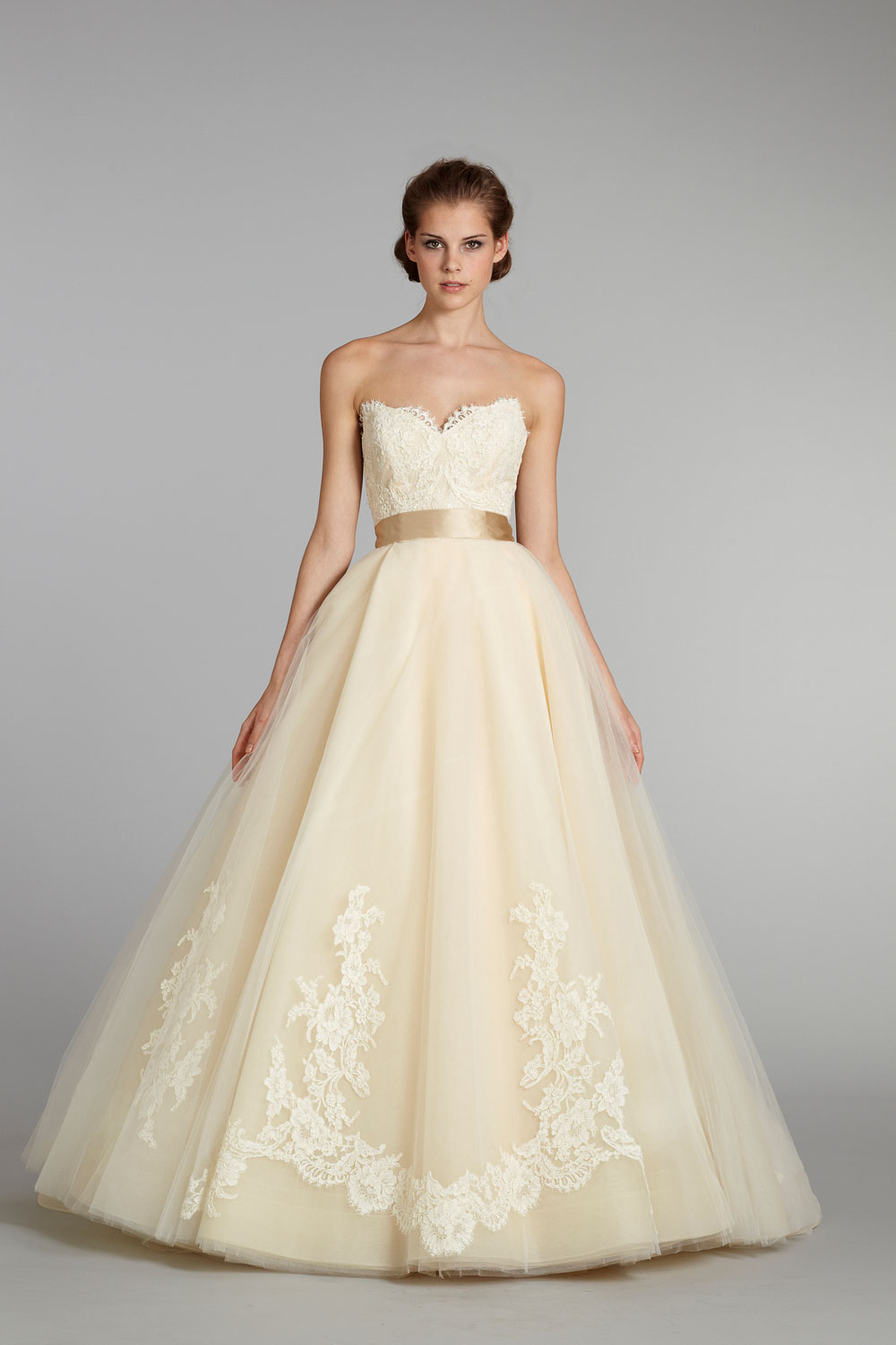 fall-2012-wedding-dress-lazaro-bridal-gowns-3251-pale-yellow-ballgown.original