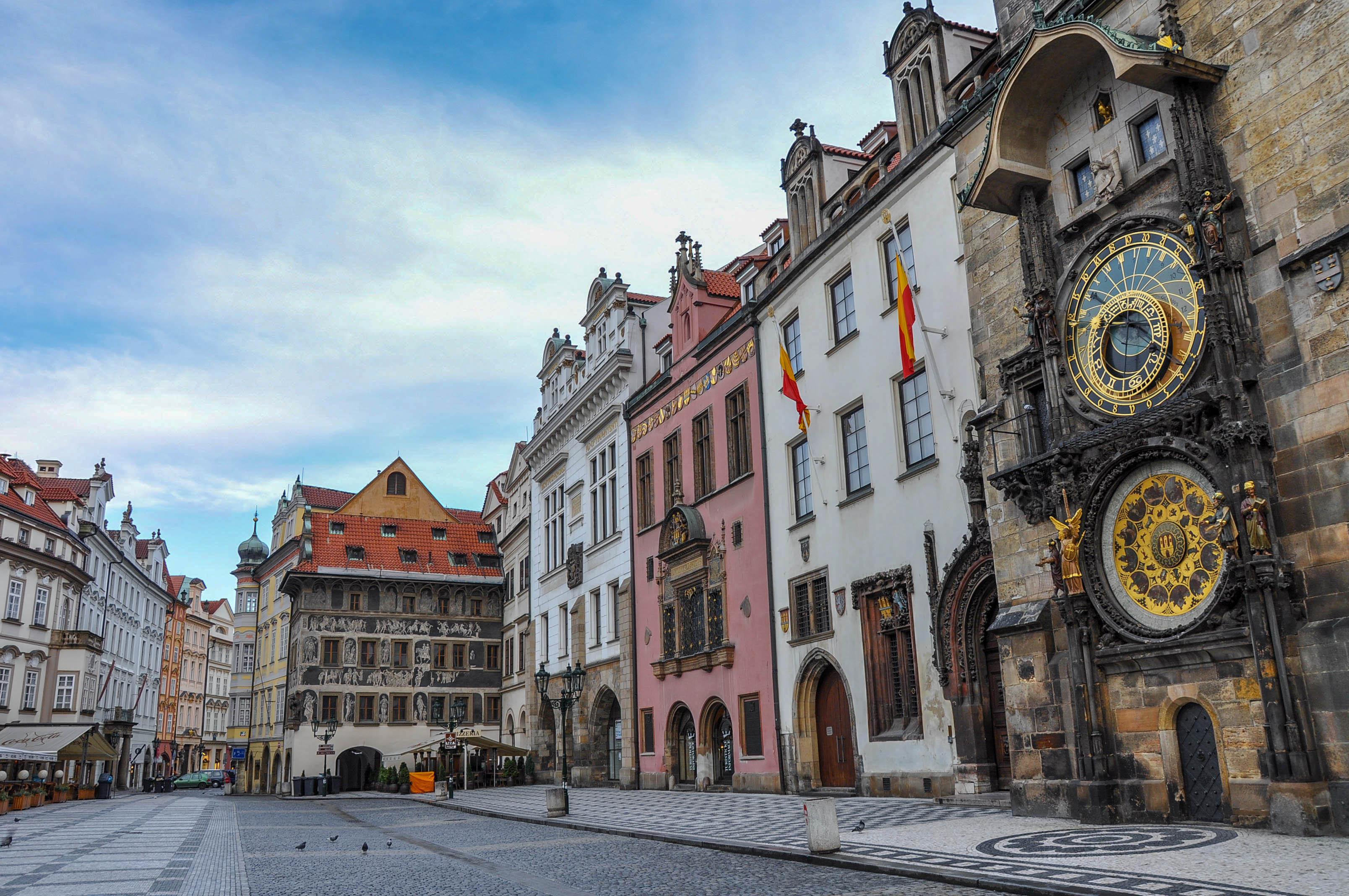 Prague.Astronomical.Clock.original.3823