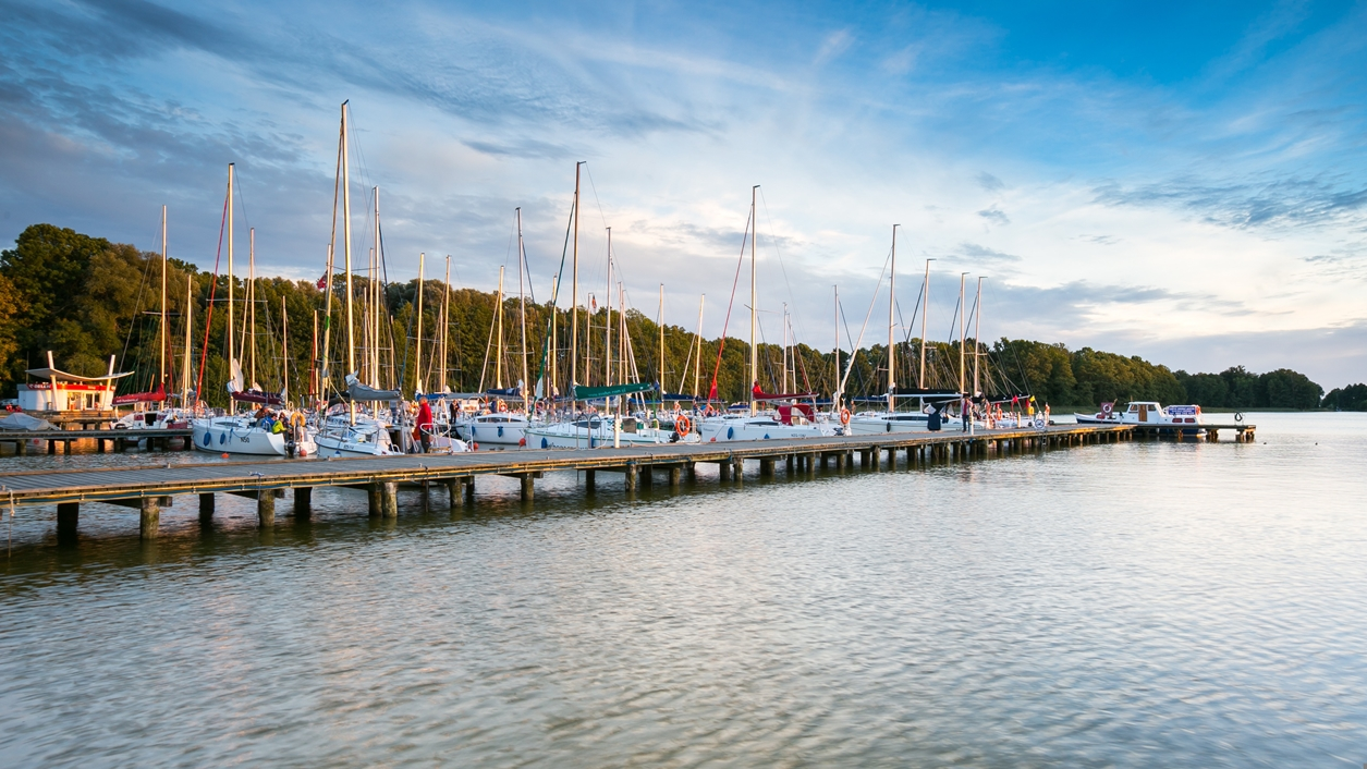 Yachtboats in ports at evening