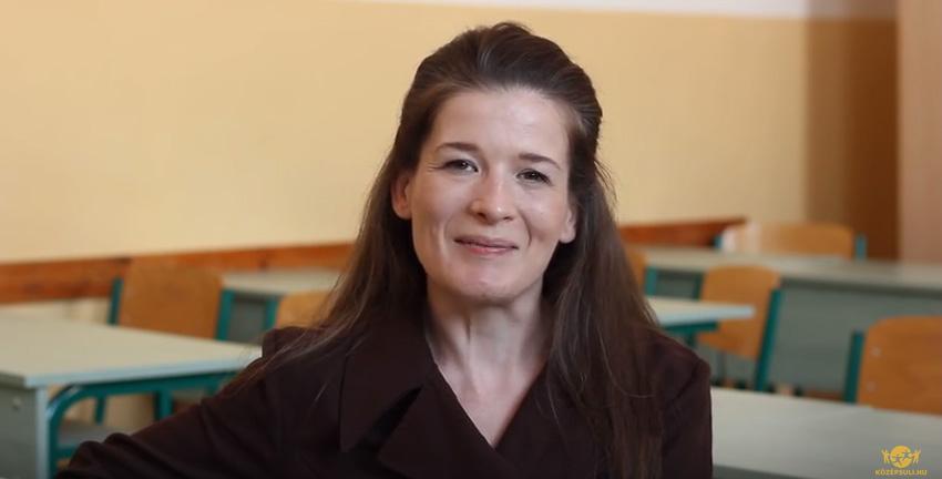 Kata-tanárnő