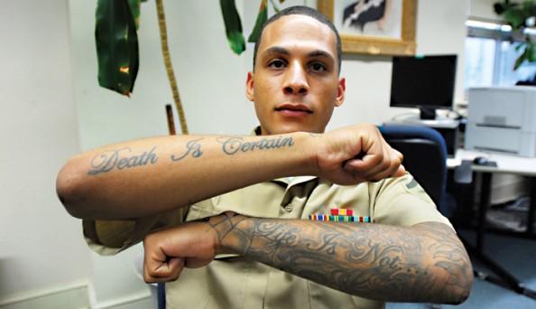 A halál biztos, az élet nem  - amerikai katona tetoválása (Kép: Wikimedia Commons)
