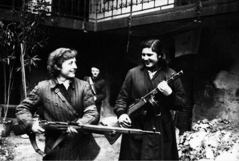 Wittner Mária;Havrilla Béláné (Sticker Katalin), Wittner Mária