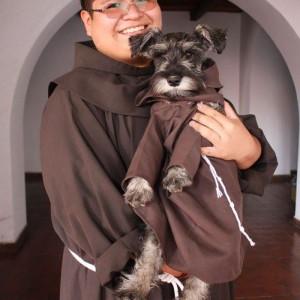 szerzetes kutya