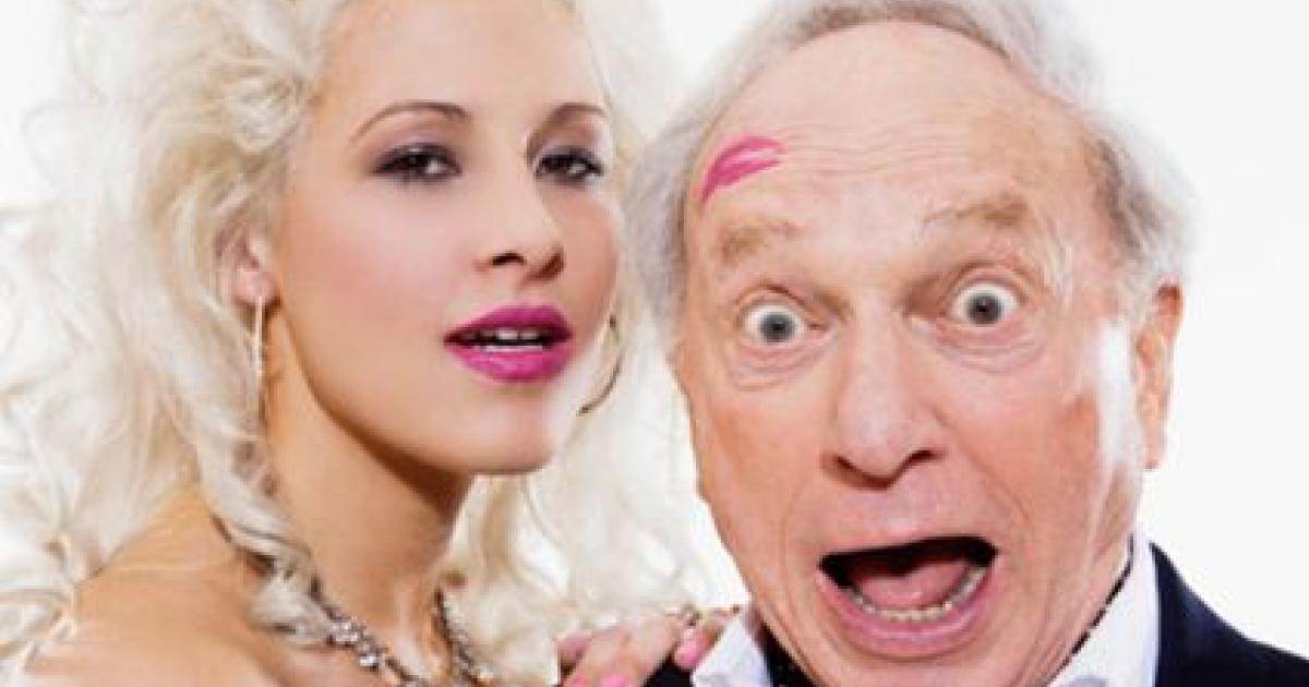 10 híresség, akik randiznak sokkal idősebb fiúkkal