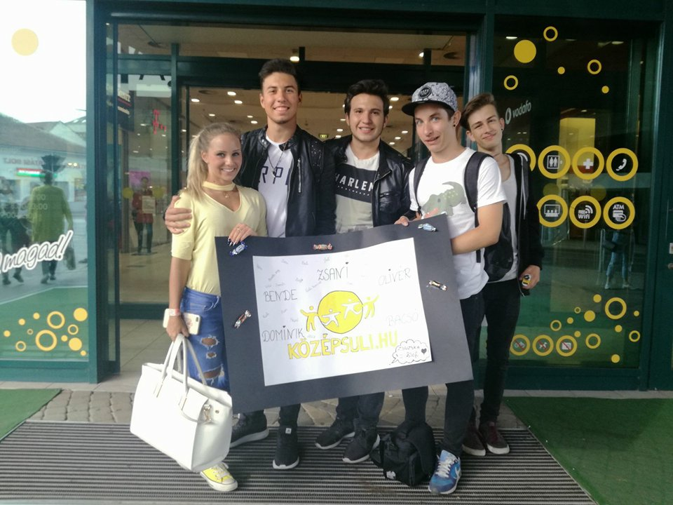 6b61ca06edab Középsuli-rajongókkal telt meg a Miskolc Pláza - Középsuli - magazin ...